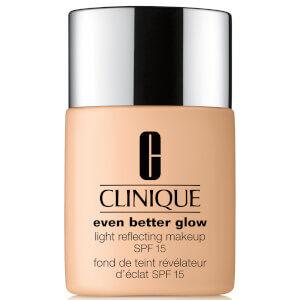 Clinique - Even Better Glow™ Light Reflecting Makeup SPF15